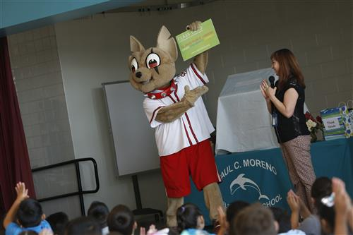 Chico helps celebrate literacy at Moreno Elementary