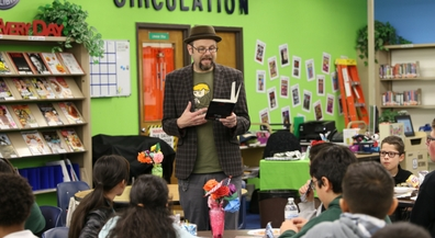 Bestselling author shares passion for books with middle schoolers
