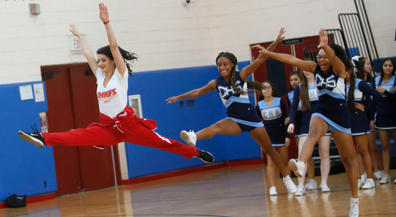 Kansas City Chiefs Cheer share their moves with EPISD squads