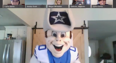 Dallas Cowboys mascot celebrates end of school year with Zach White students
