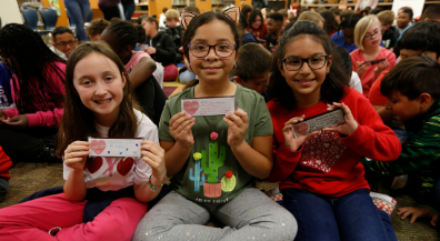 Tom Lea students get special Valentine's Day cards in response to Walmart tragedy